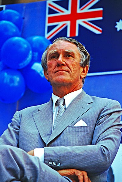 "Malcolm Fraser during the 1983 election campaign. Paul Keating described him as ""Like an Easter Island statue..."". Out of office, he revealed a much warmer personality."