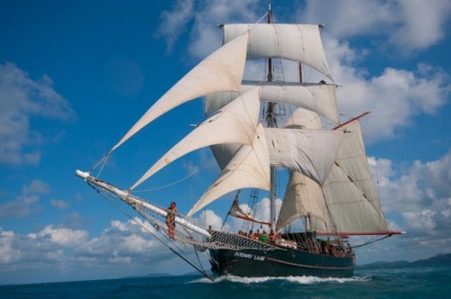 The Solway Lass making eight knots under sail