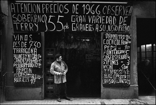 Vinatero, Barcelona, 1968 © Rob Walls 2013